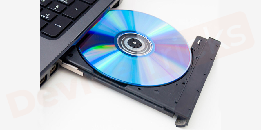 The external memory cards can be simply removed, but to remove the disk inserted in the CD drive, you need a paper pin and then insert the same in the disk hole.