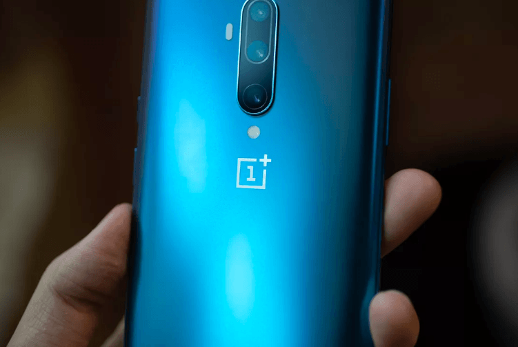 OnePlus 8 Prototype Photo Leak Hints Towards A Punch-Hole Display In its New Release